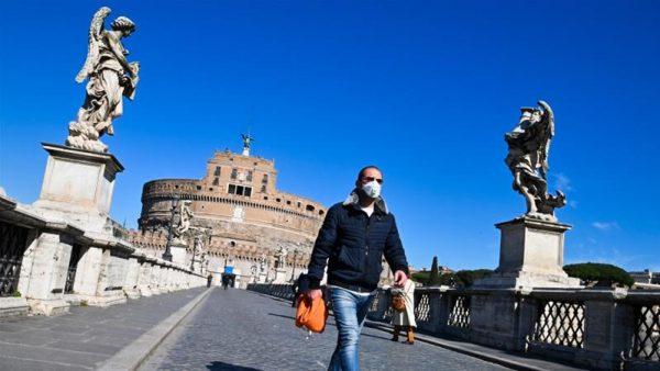 Οργισμένα διαγγέλματα από δημάρχους της Ιταλίας για το «σπάσιμο» της καραντίνας