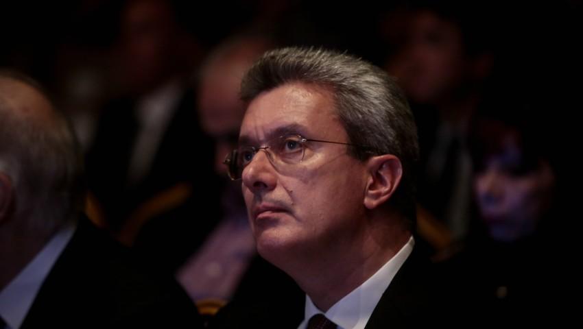Μήνυμα Χατζηνικολάου: «Κύριε Πέτσα ακόμη περιμένουμε...»