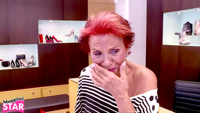 Νέο έπος στο «Shopping Star»: 65άρα Θεσσαλονικιά κλαίει και χτυπάει το κεφάλι της γιατί δεν την αφήνουν να βάλει τακούνια (Vid)