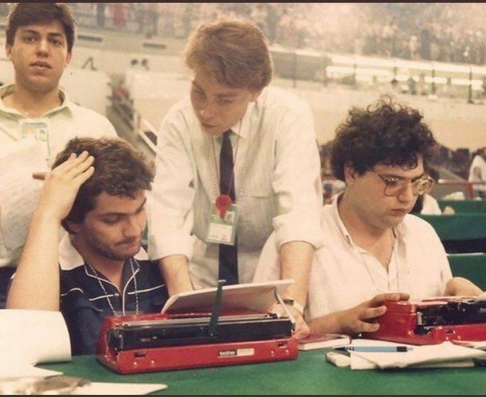 Απίθανο κειμήλιο: Η φώτο-έπος του 1987 που κανείς δεν είχε δει μέχρι σήμερα (Pic)