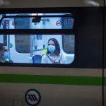 Το viral βίντεο που αναδεικνύει την προπαγάνδα με τις μάσκες του κορωνοϊού