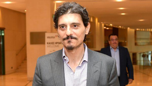 Δημήτρης Γιαννακόπουλος | Αυτοτρολάρεται και γίνεται ξανά viral (Pic)