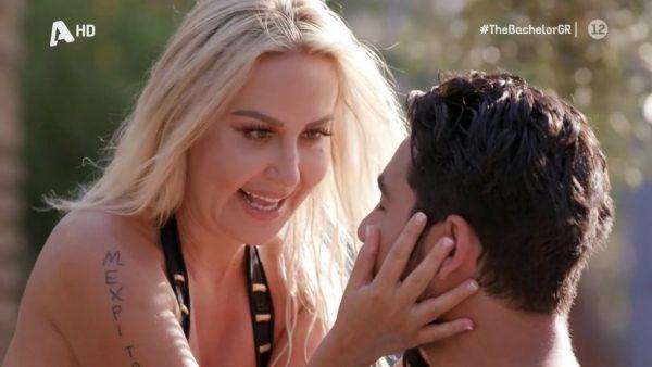 «Φιλάς τη μάνα σου;»: Αντιδράσεις για τις εικόνες Βασιλάκου - «38χρονης» Έλενας στο Bachelor (Pics)