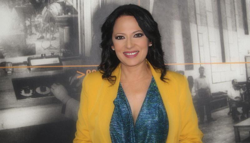 Και στα ερτζιανά η πιο όμορφη παρουσιάστρια της ΕΡΤ