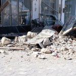 «Έρχεται τσουνάμι» φώναζε κάτοικος – Κύματα μπήκαν σε σπίτια και μαγαζιά στη Σάμο (Vid)
