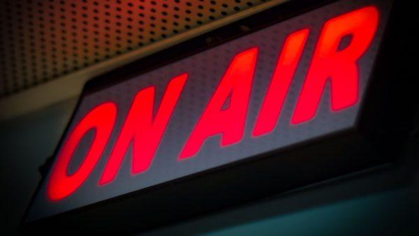 Ακροαματικότητες: Τελικά, πόσοι ακούν αθλητικά ραδιόφωνα;