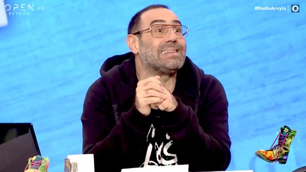 Ο Κανάκης τους έβαλε τα γυαλιά…