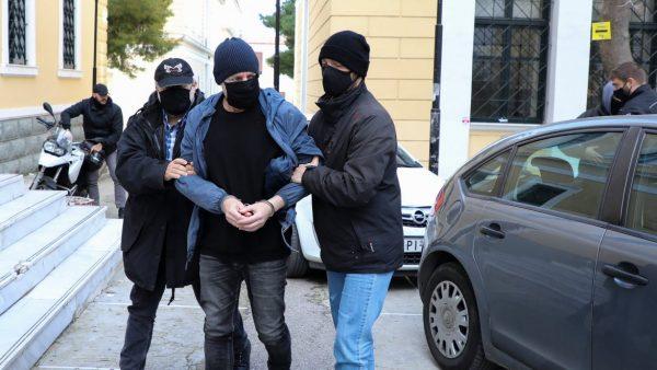 Δημήτρης Λιγνάδης: Η απολογία του στην ανακρίτρια – Τι λέει για τους βιασμούς