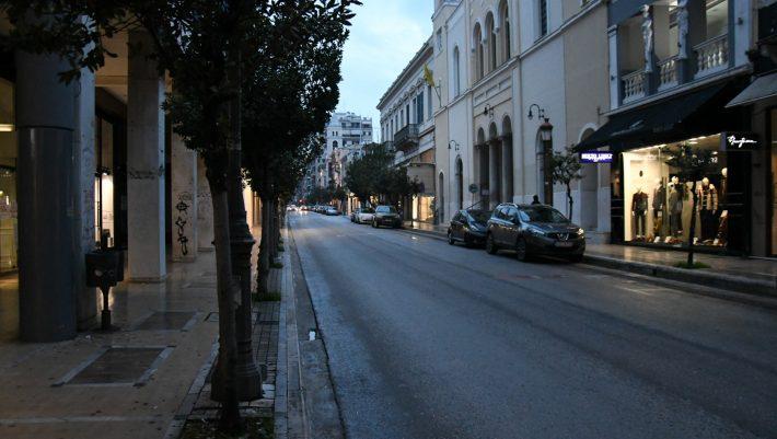 Κατεβάζουν ξανά ρολά: Οι 4 περιοχές που απειλούνται με lockdown εν μέσω καλοκαιριού