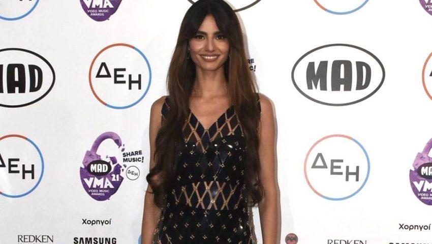 Ηλιάνα Παπαγεωργίου - SNIK: Την αγνόησε επιδεικτικά στη σκηνή των MAD VMA (Vid)